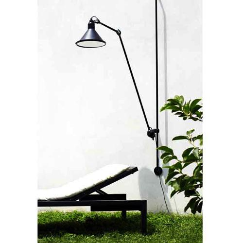 udend rsbelysning udend rslamper indretning af virksomhed. Black Bedroom Furniture Sets. Home Design Ideas
