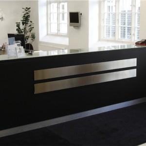 Stå - skranke - desk – kontor