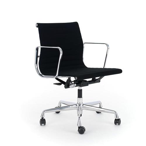 117 ea kontorstol eller konferencestol med vippe og drejefunktion. Black Bedroom Furniture Sets. Home Design Ideas