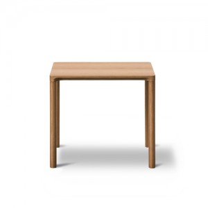 Sofabord –Piloti – indretning-kvadratisk