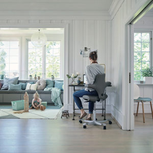 Haag - Capisco - Kontorstol - Ergonomisk - Kontormoebler