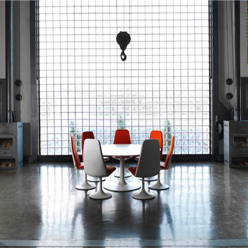 Venus-Moedebord- kantinebord- Indretning-af-moedelokale- moedebord