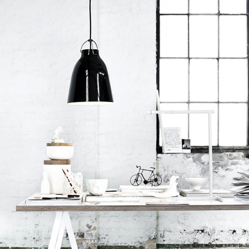 Caravaggio -pendel - design– belysning-moedelampe