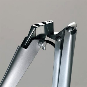 Fortebraccio - Skrivebordslampe - Skrivebordslamper - Kontormoebler - Bordlampe