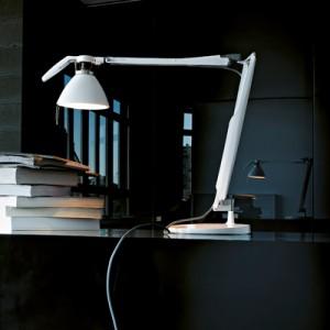 Skrivebordslampe - Skrivebordslamper - Kontormoebler - Bordlampe - Fortebraccio