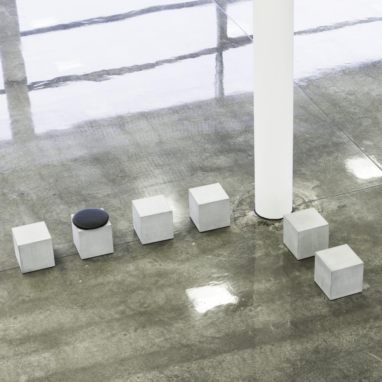 beton-moebler-offentligindretning-Q30