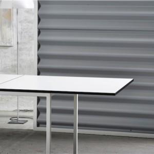 Square-Indretning-af-moedelokale- moedebord