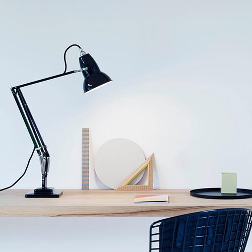 anglepoise-original-1227-skrivebordslampe-kontormoebler