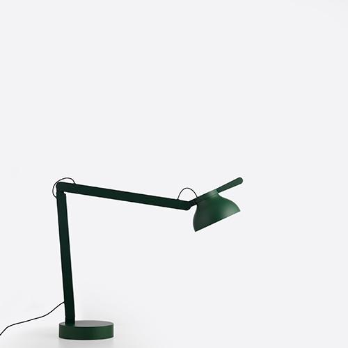 hay-skrivebordslamper-kontoemoebler-wronglondon-pc